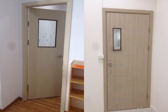 cửa nhà vệ sinh đối diện cửa chính