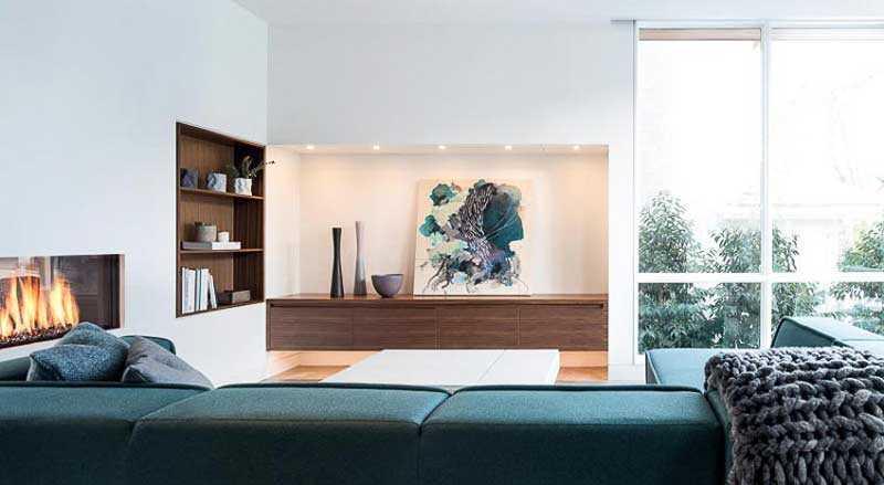 ô trang trí tường phòng khách nhà ống