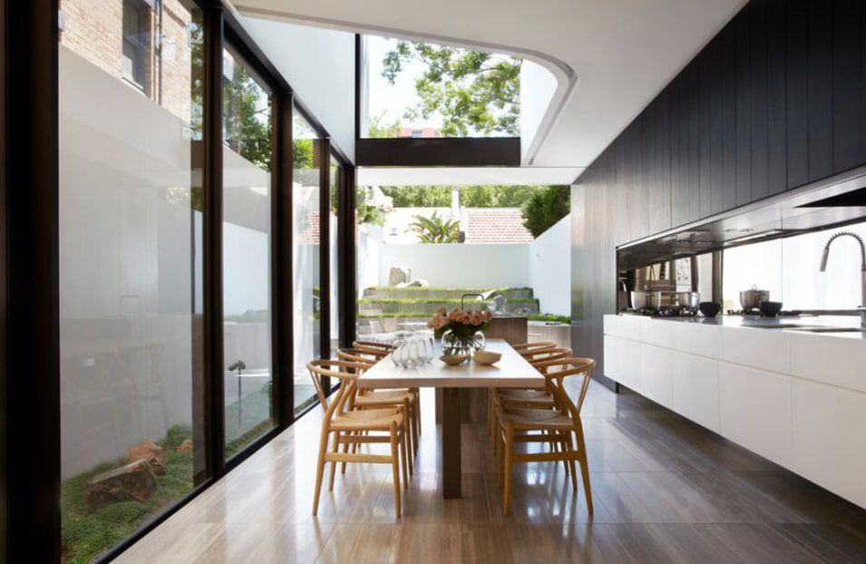 thiết kế bếp có cửa sổ