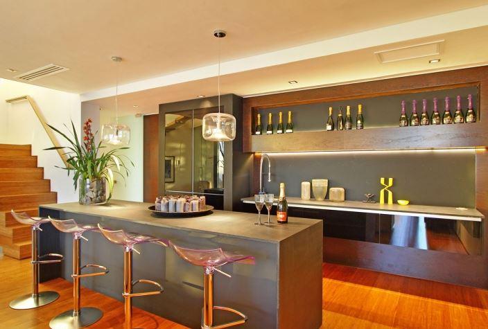 phòng bếp có quầy bar
