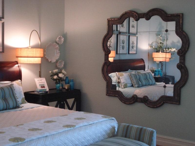 gương trong phòng ngủ